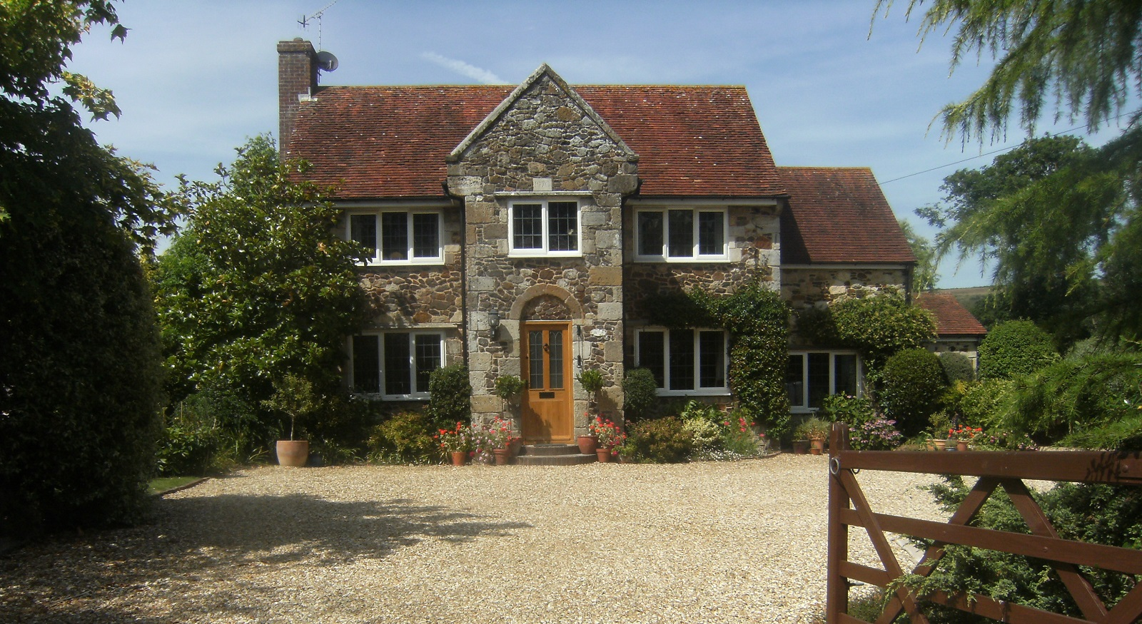 Homelea Bed & Breakfast A welcoming bed and breakfast in Brighstone on the Isle of Wight